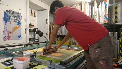 Zé Monteiro printing Lemon Air Balloon screen print